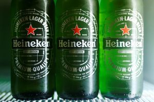 3 bottles of Heineken beer.